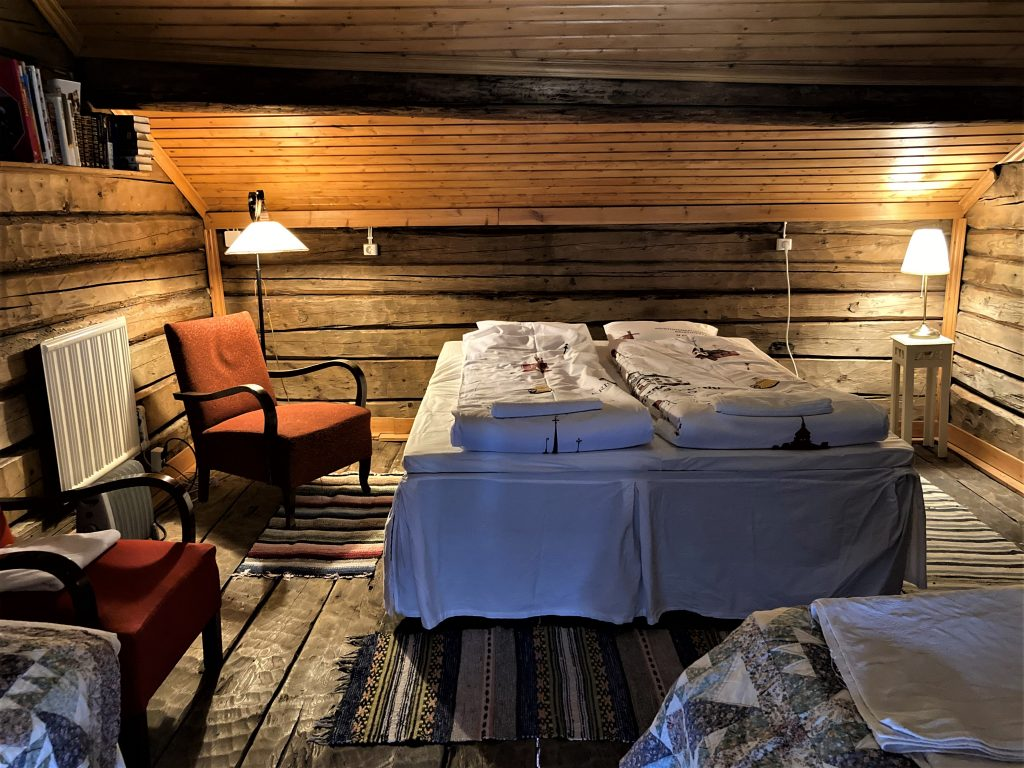 Hotel Krepelin - Rooms - D2 - Bedroom