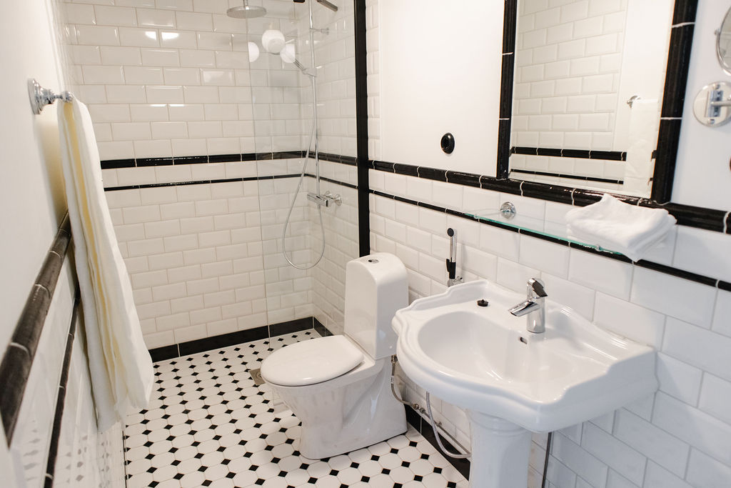 Hotel Krepelin - Rooms - A3 - Bathroom